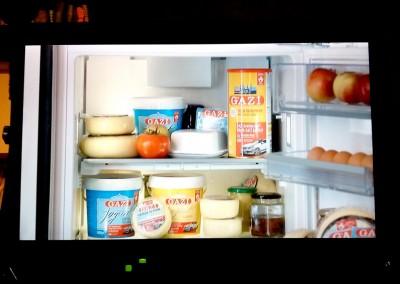 REBS-DESIGN-GAZI-Werbespot-Küche-Kühlschrank